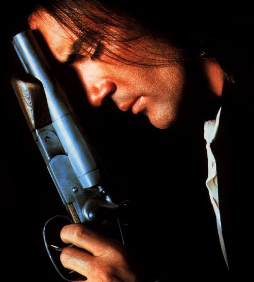 Desperado - Antonio Banderas with a sawed-off shotgun