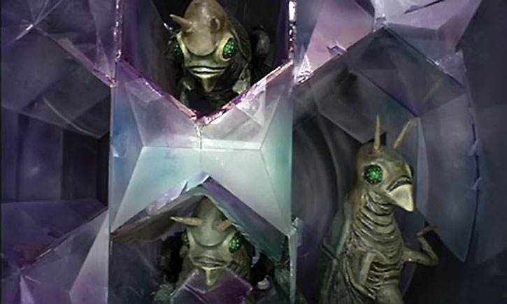 Aliens and Martian ship in Quatermass and the Pit