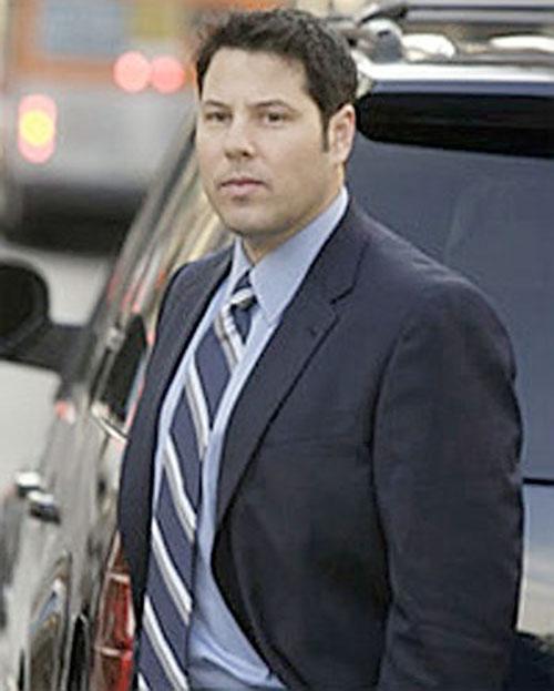 Matt Parkman (Greg Grunberg in NBC's Heroes)