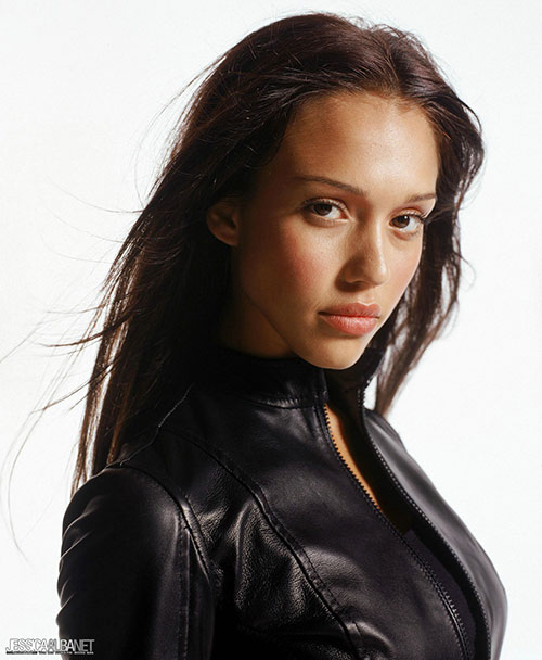 Max Guevara (Jessica Alba in Dark Angel) face closeup