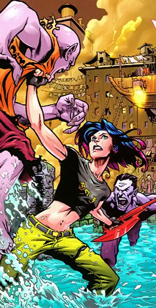 Melaka Fray (Whedon's Buffy universe) fighting vampires