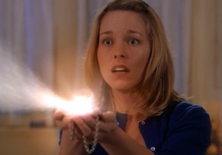 Melinda Warren (first Charmed witch) (Tyler Layton) locket magic glowing