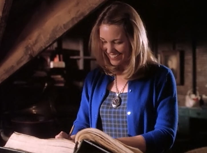 Melinda Warren (first Charmed witch) (Tyler Layton) reading