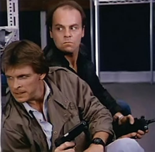 Mike Donovan (Marc Singer in V) and Ham