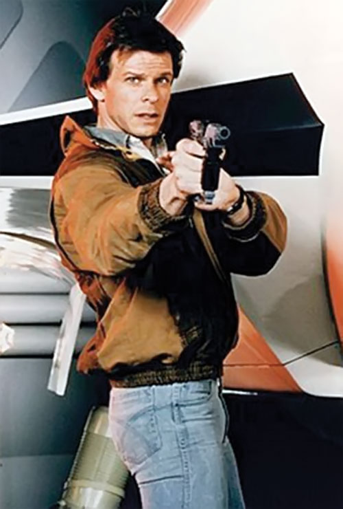 Mike Donovan (Marc Singer in V) with 1980s clothes and a laser pistol