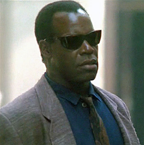 Mike Harrivan (Danny Glover in Predator II) with sunglasses