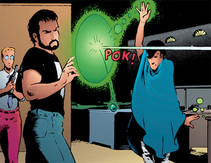 Mirth (Mage: The Hero Discovered comics) casting a spell, with Kevin Matchstick and Sean Knight