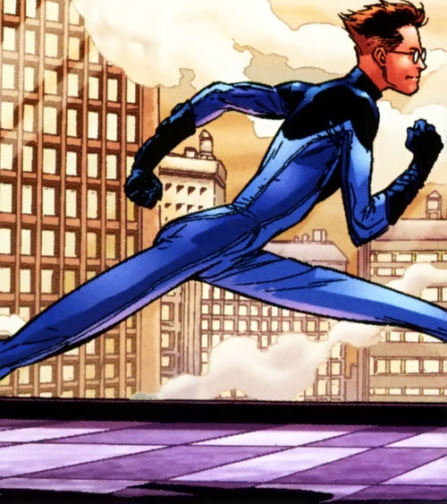 Ultimate Mister Fantastic (Ultimate Marvel Comics) running and stretching his legs