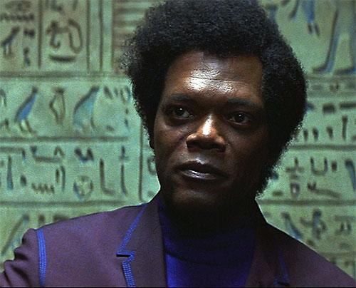 Mister Glass (Samuel Jackson in Unbreakable) face closeup