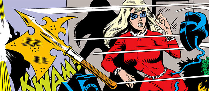 Mockingbird - Marvel Comics - Earliest - Bobbi Morse - Surprised by thrown axe
