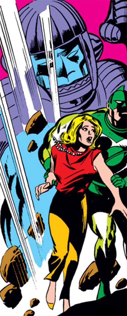 Carol Danvers (Marvel Comics) (Captain Marvel ally) chased by a Kree Sentry