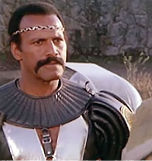 Nadir (Fred the Hammer Williamson in The New Barbarians)