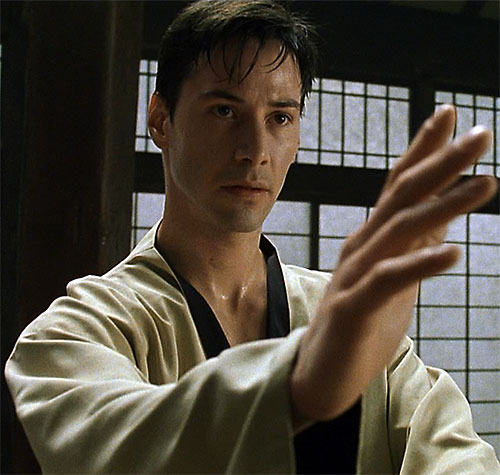 Neo (Keanu Reeves) knows kung-fu