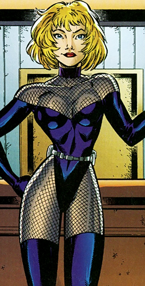 Network of the Sovereign 7 (DC Comics) un-armored