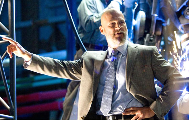 Obadiah Stane (Jeff Bridges) in a business suit