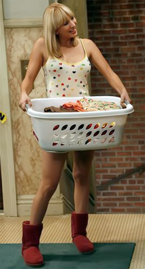 Penny (Kaley Cuoco in Big Bang Theory) doing the laundry in terrible boots