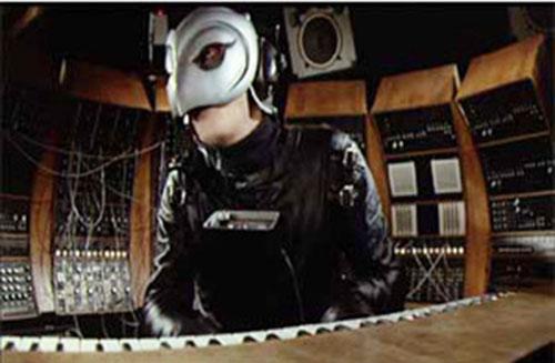 Phantom of the Paradise (1974 movie) in his studio