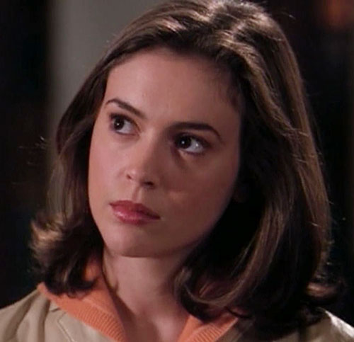 Phoebe Halliwell (Alyssa Milano in Charmed) face closeup