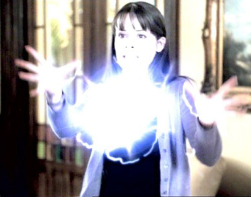 Piper Halliwell (Holy Marie Combs in Charmed) casting a spell