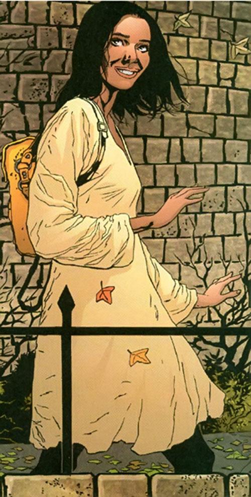 Sophie Bangs (Promethea) (Alan Moore ABC Comics) in a beige dress