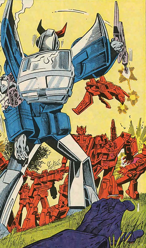 Prowl of the Transformers - 1980s Marvel Comics version - Wounded in battle