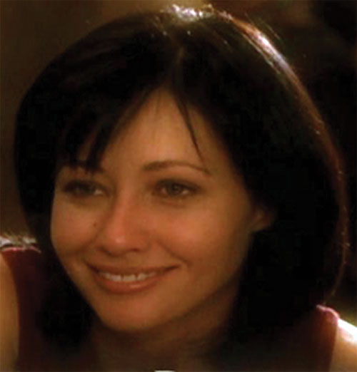 Prue Halliwell (Shannen Doherty in Charmed) smile