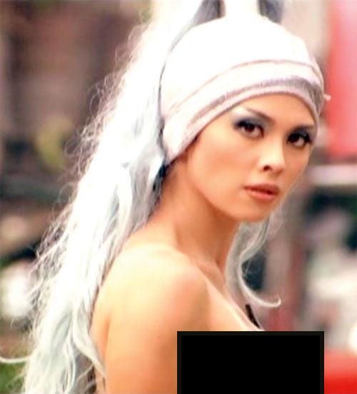 Queen Femina (Zsa Zsa Zaturnnah enemy) (Pops Fernandez) face closeup side (censored for Adsense)