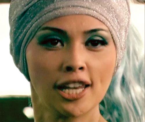 Queen Femina (Zsa Zsa Zaturnnah enemy) (Pops Fernandez) face closeup