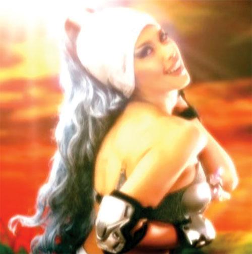 Queen Femina (Zsa Zsa Zaturnnah enemy) (Pops Fernandez) overexposed photograph