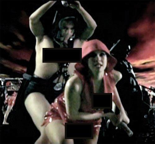 Queen Femina (Zsa Zsa Zaturnnah enemy) (Pops Fernandez) fighting on Planet Triple X (censored for Adsense)