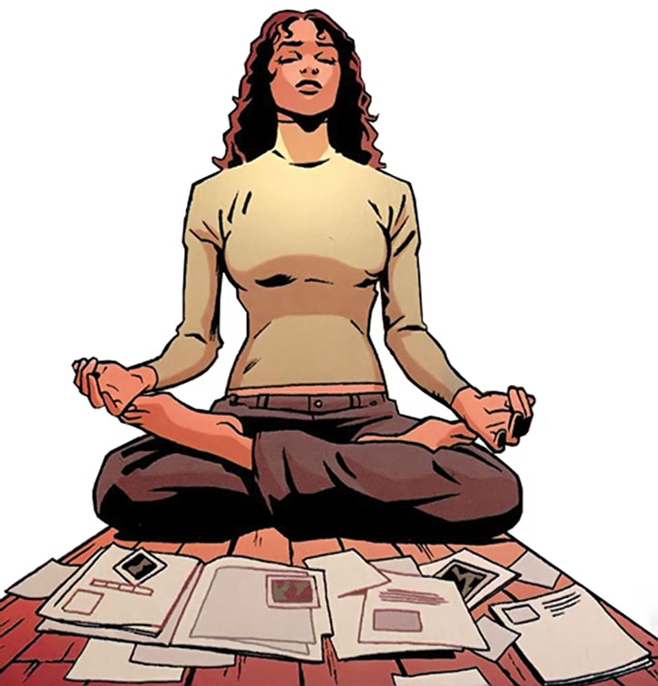 The Question (Renee Montoya) meditating over clues