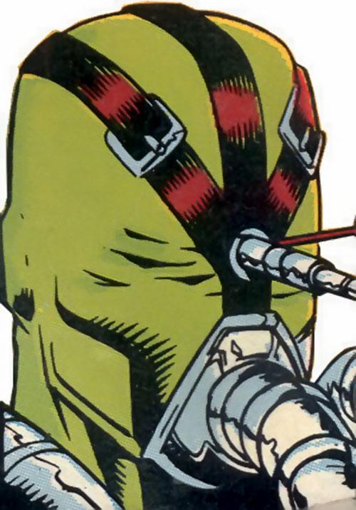 Quiz of the Brotherhood of dada (Doom Patrol) (DC Comics) mask closeup