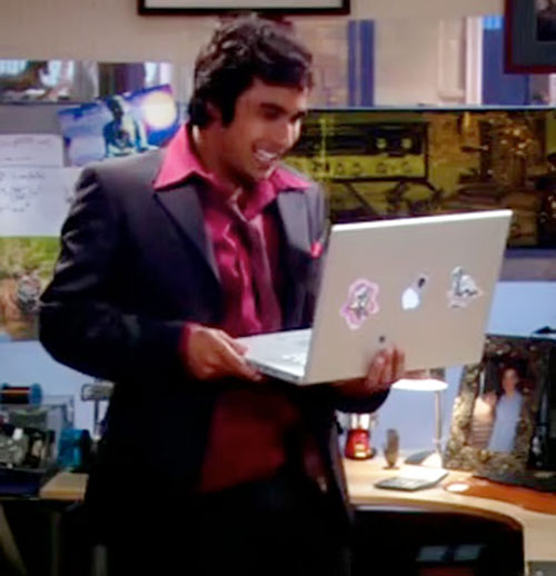 Rajesh Koothrappali (Kunal Nayyar in Big Bang Theory) with a MacBook