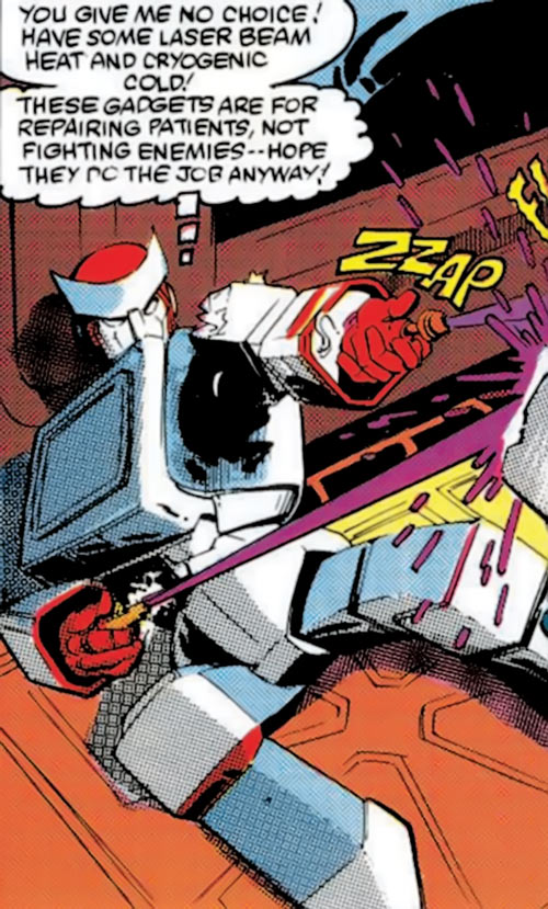 Ratchet of the Transformers (1980s Marvel Comics) using his devices as weapons