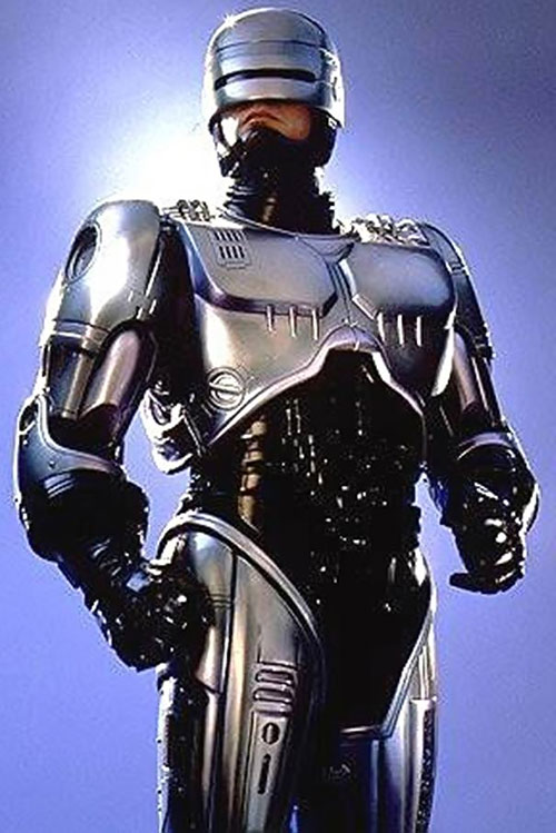 Robocop (Peter Weller) standing over a blue sky