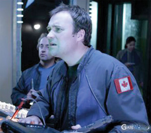 Rodney McKay (David Hewlett in Stargate Atlantis) with a blue jacket