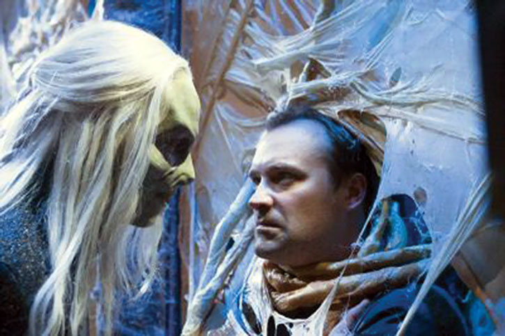 Rodney McKay (David Hewlett) trapped by a wraith