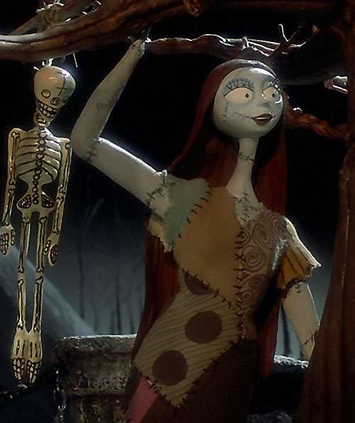 Sally (Nightmare Before Christmas) waving