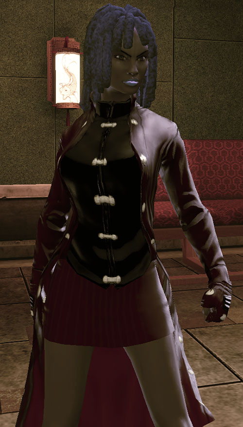 Salwa of Bana-Mighdall (DC Universe Online) and a Chinese-style lamp