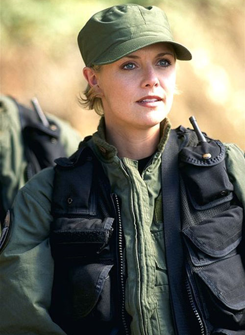 Samantha Carter (Amanda Tapping in Stargate SG-1) with a military cap