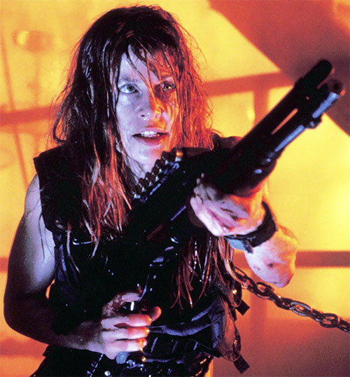 Sarah Connor (Linda Hamilton) with a SPAS shotgun