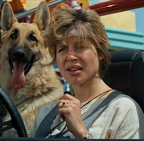 Sarah Connor (Linda Hamilton) with her dog