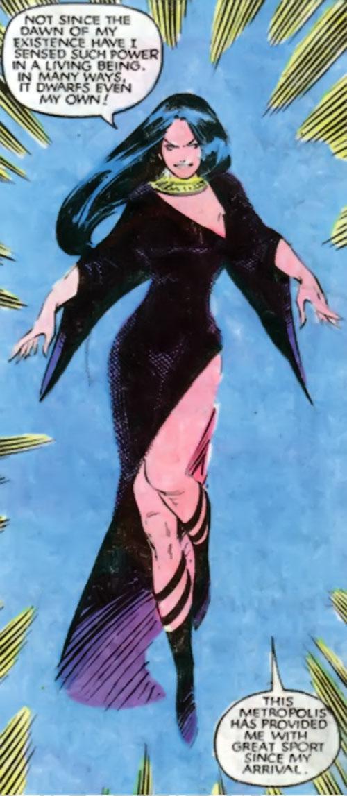 Selene the Black Queen (X-Men & New Mutants enemy) (Hellfire) (Marvel Comics) teleports in
