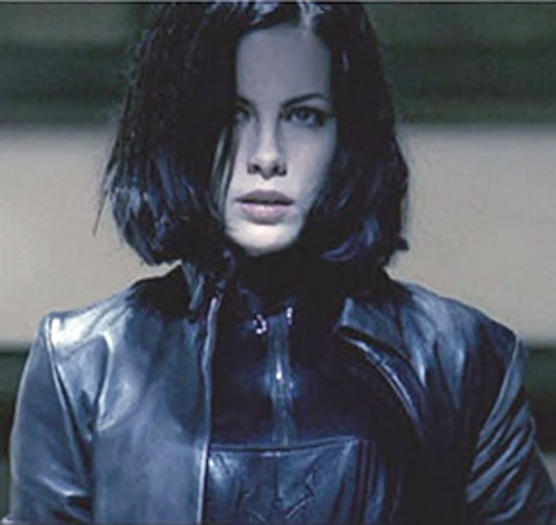 Selene (Kate Beckinsale in Underworld movies) with her bob covering part of her face
