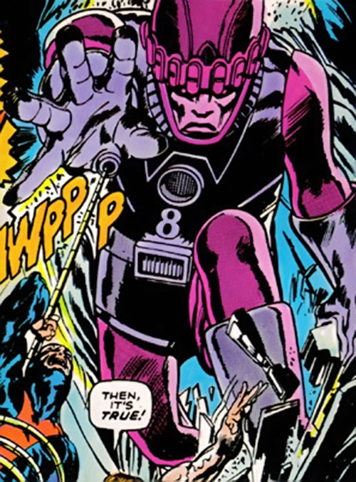 Sentinel Mk2 robot attacking the X-Men (Marvel Comics)