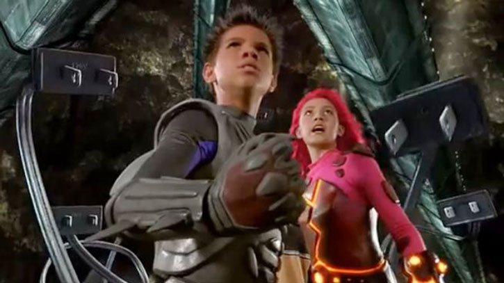 Sharkboy and Lavagirl ready to fight