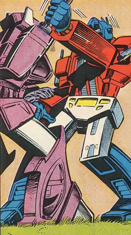 Shockwave of the Transformers (Marvel Comics G1 version) wrestling with Optimus Prime
