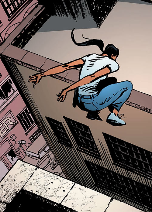 Sita Patel (Global Frequency Run comics) parkour running