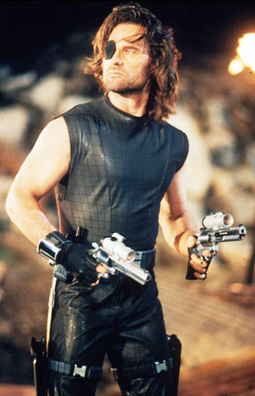 Snake Plissken (Kurt Russell in Escape from L.A.) with dual revolvers