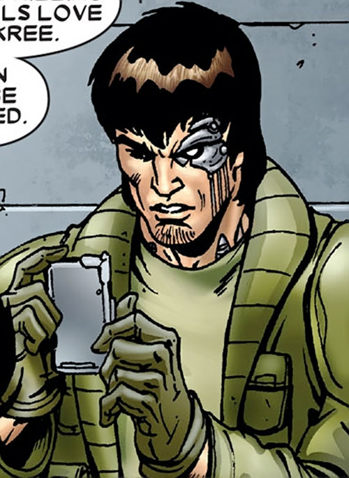 Peter Quill during the Annihilation and Conquest (Marvel Comics) in military green